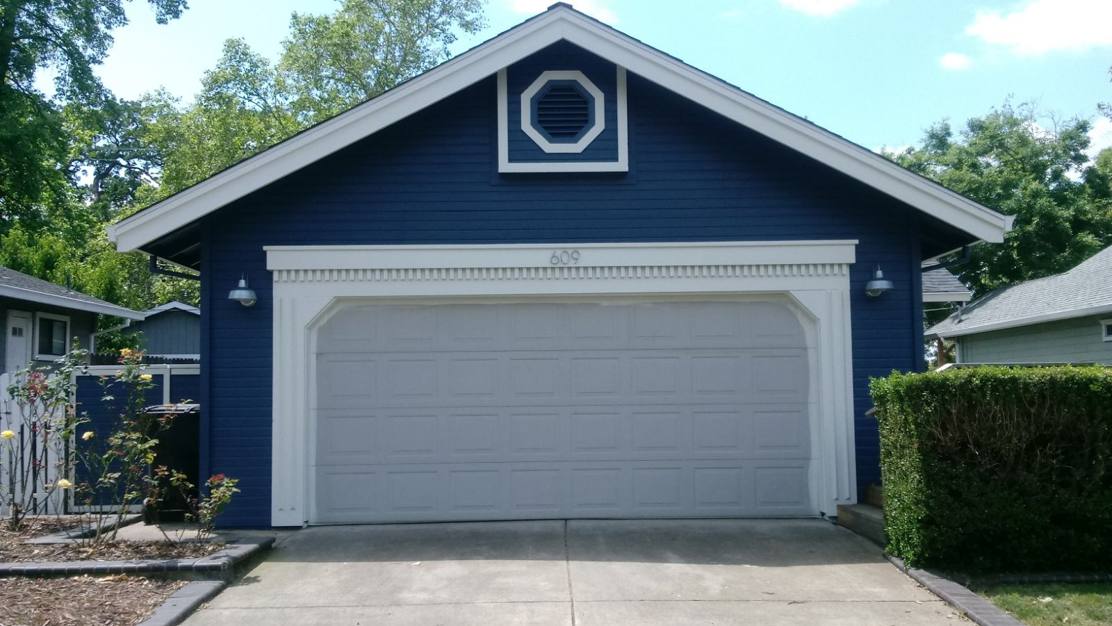 2017 05 garage door bottom seal types - After Calling Us We Got To Work Finding A Garage Door That Was Their Style And Matched The House Perfectly